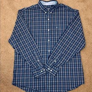 IZOD Plaid Button Down L/S Shirt. Large